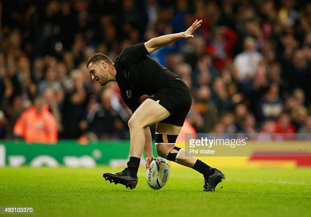 Tawera KerrBarlow of the New Zealand All Blacks scores his first his team's eighth try during the 2015 Rugby World Cup Quarter Final match between...