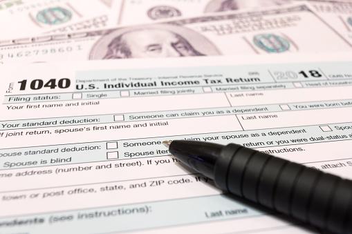 USA tax day april 15 2019 1094866288