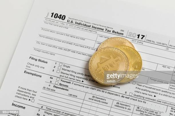 tax form 1040 - 1040 tax form stock photos and pictures