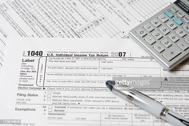 tax return 1040 - 1040 tax form stock photos and pictures