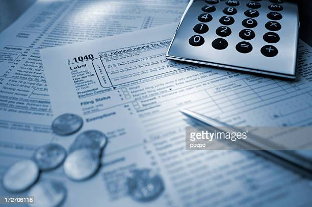 retorno de imposto nos eua - 1040 tax form - fotografias e filmes do acervo