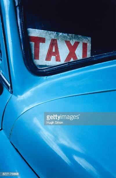 taxi sign in the window of an old car - hugh sitton bildbanksfoton och bilder