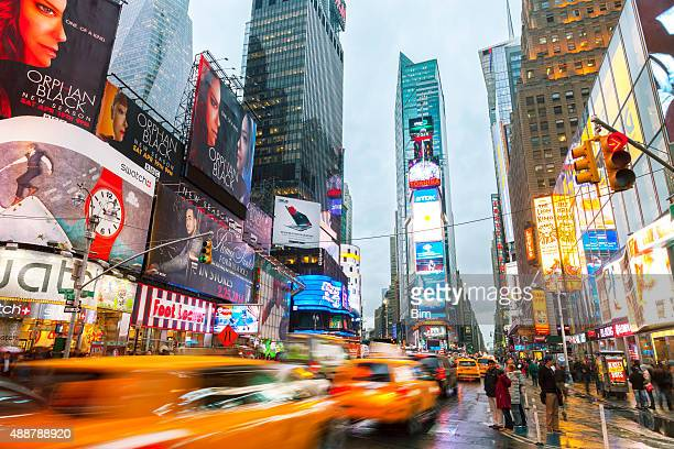 taxis on 7th avenue at times square, new york city - 7th avenue stock pictures, royalty-free photos & images