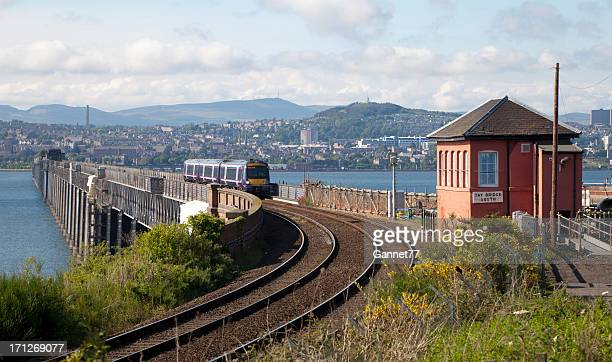 tay railway bridge at dundee, scotland - dundee scotland stock pictures, royalty-free photos & images