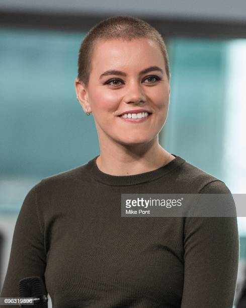 Taya Smith Stock Photos and Pictures | Getty Images