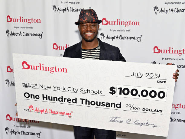 NY: Taye Diggs Helps 2019 Annual AdoptAClassroom.org Donation Drive
