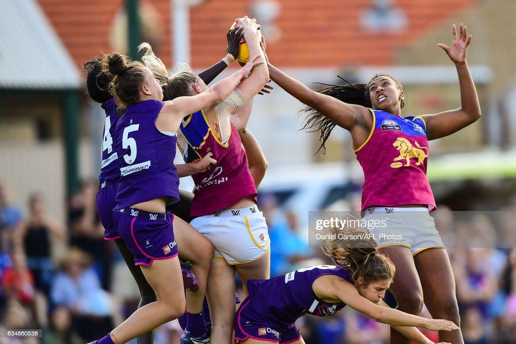 AFL Women's Rd 2 - Fremantle v Brisbane : News Photo