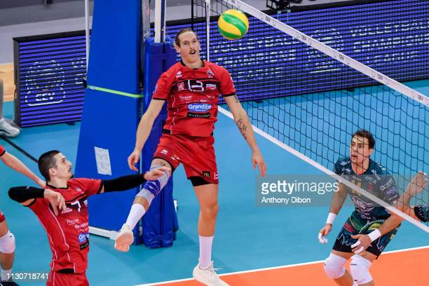 Taylor Averill and Matej Patak of Chaumont during the CEV Champions League match Chaumont 52 and SIR Safety Perugia on March 14 2019 in Reims France