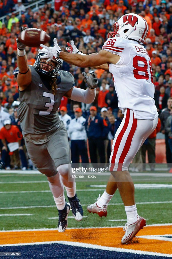 Taylor Barton #3 of the Illinois Fighting Illini tries to break up a pass caught for a touchdown by Alex Erickson #86 of the Wisconsin Badgers at Memorial Stadium on October 24, 2015 in Champaign, Illinois. Wisconsin defeated Illinois 24-13.