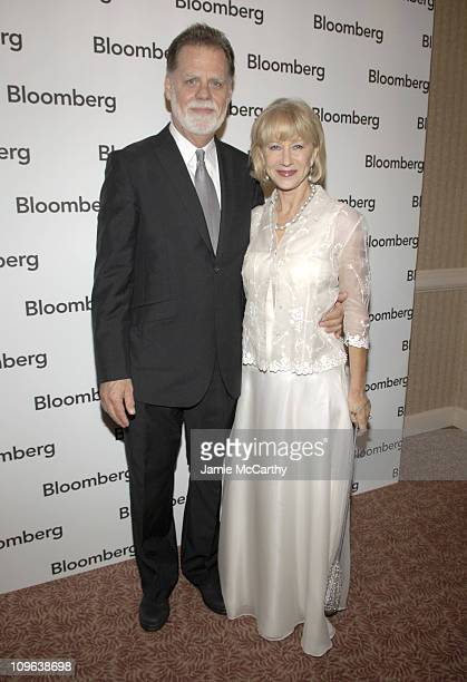 Taylor Hackford and Helen Mirren during Bloomberg Hosts Pre Cocktail Party For 2005 Whitehouse Correspondents Association Dinner at Edison Room...