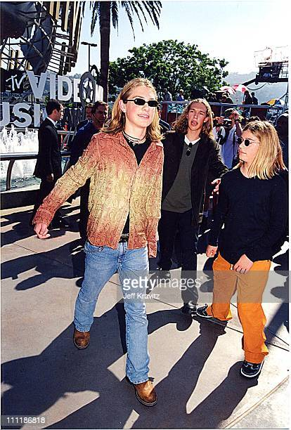 Taylor Hanso Zachary Hanson and Isaac Hanson during 1998 MTV Video Music Awards at Universal Amphitheatre in Los Angeles California United States