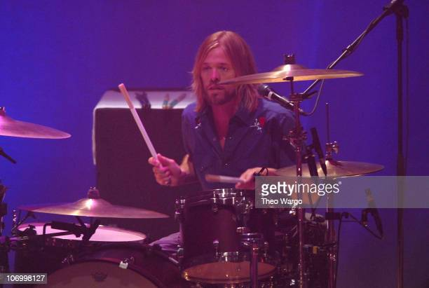 Taylor Hawkins of Foo Fighters during Foo Fighters in Concert at the Beacon Theatre in New York August 21 2006 at Beacon Theatre in New York City New...