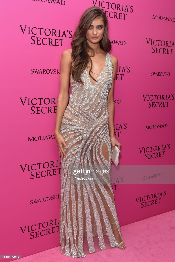 Taylor Hill attends 2017 Victoria's Secret Fashion Show In Shanghai - After Party at Mercedes-Benz Arena on November 20, 2017 in Shanghai, China.