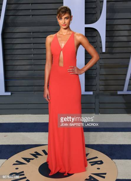 Taylor Hill attends the 2018 Vanity Fair Oscar Party following the 90th Academy Awards at The Wallis Annenberg Center for the Performing Arts in...
