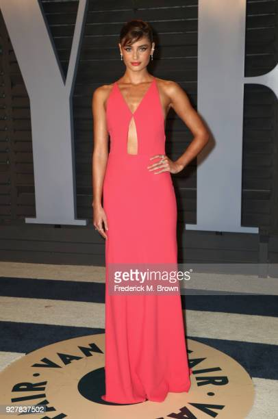 Taylor Hill attends the 2018 Vanity Fair Oscar Party hosted by Radhika Jones at Wallis Annenberg Center for the Performing Arts on March 4 2018 in...