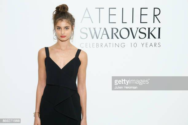 Taylor Hill attends the Atelier Swarovski By Jason Wu dinner as part of the Paris Fashion Week Womenswear Spring/Summer 2018 on September 28 2017 in...