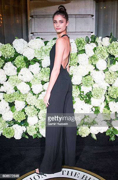 Taylor Hill attends the #BoF500 Gala Dinner during London Fashion Week Spring/Summer collections 2016/2017 on September 19 2016 in London United...