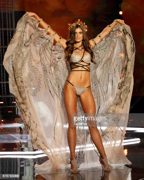 Taylor Hill walks the runway during the 2017 Victoria's Secret Fashion Show at MercedesBenz Arena on November 20 2017 in Shanghai China