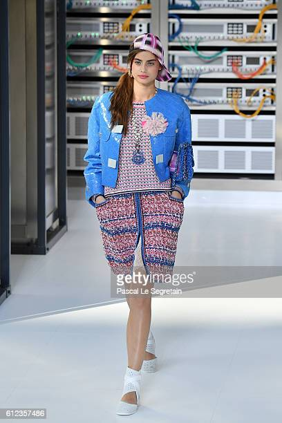 Taylor Hill walks the runway during the Chanel show as part of the Paris Fashion Week Womenswear Spring/Summer 2017 on October 4 2016 in Paris France