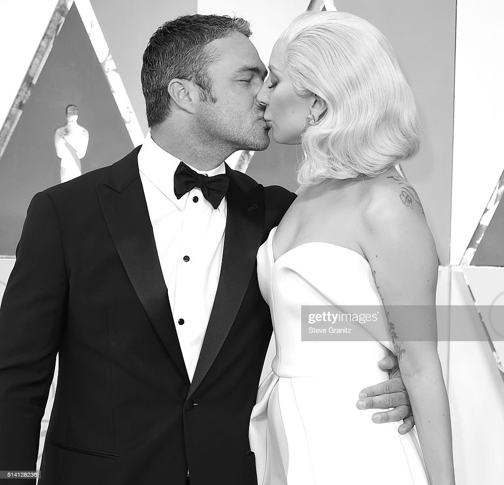 88th Annual Academy Awards - Arrivals : Nachrichtenfoto