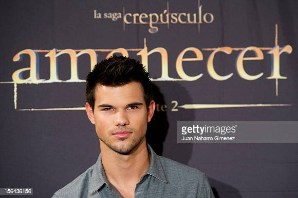 """Taylor Lautner attends """"Amanecer - Parte 2"""" at Villa Magna Hotel on November 15, 2012 in Madrid, Spain."""