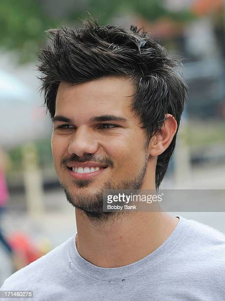 Taylor Lautner on the set of 'Tracers' on June 24 2013 in New York City