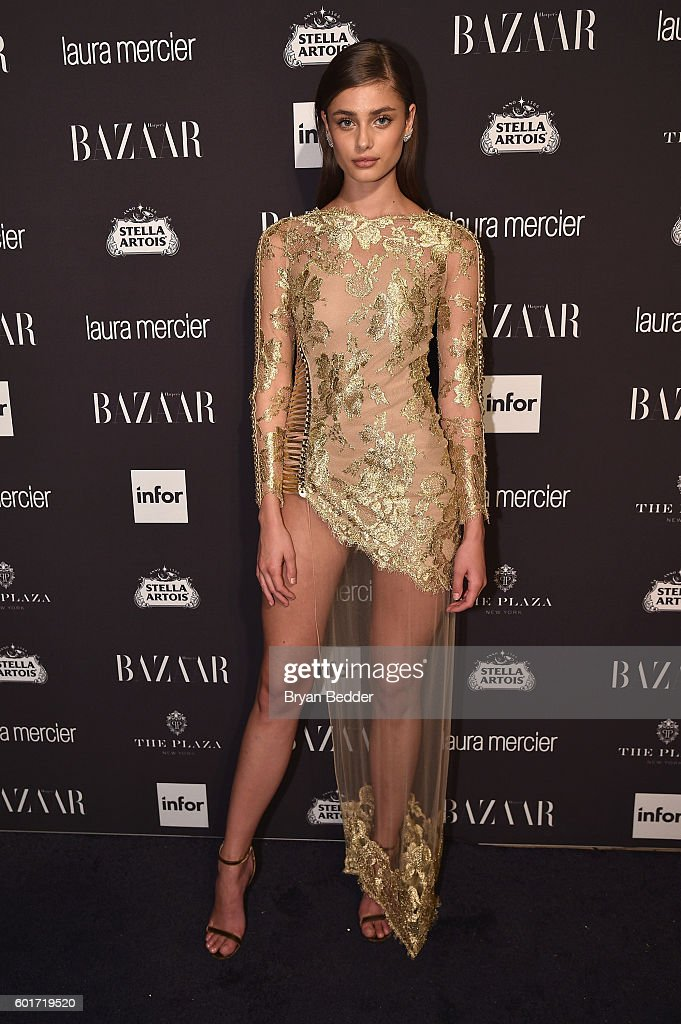 "Harper's Bazaar Celebrates ""ICONS By Carine Roitfeld"" Presented By Infor, Laura Mercier, And Stella Artois - Arrivals : News Photo"
