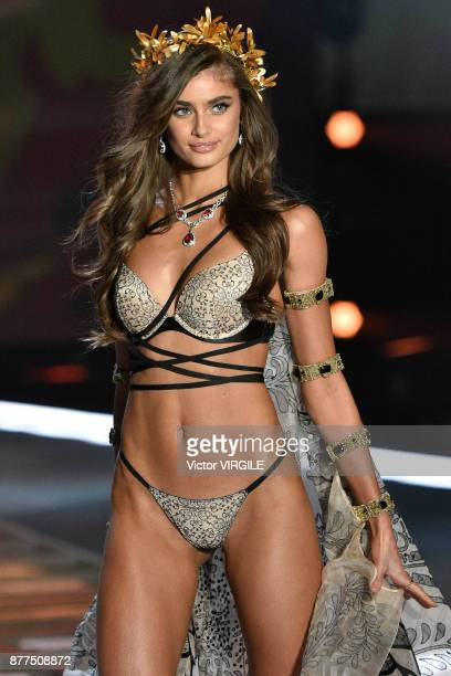 Taylor Marie Hill walks the runway at the 2017 Victoria's Secret Fashion Show In Shanghai Show at MercedesBenz Arena on November 20 2017 in Shanghai...
