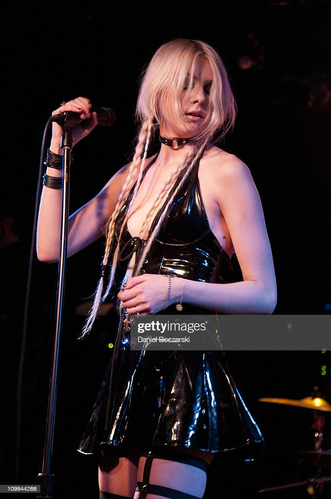 Taylor Momsen Of The Pretty Reckless Performs On Stage At