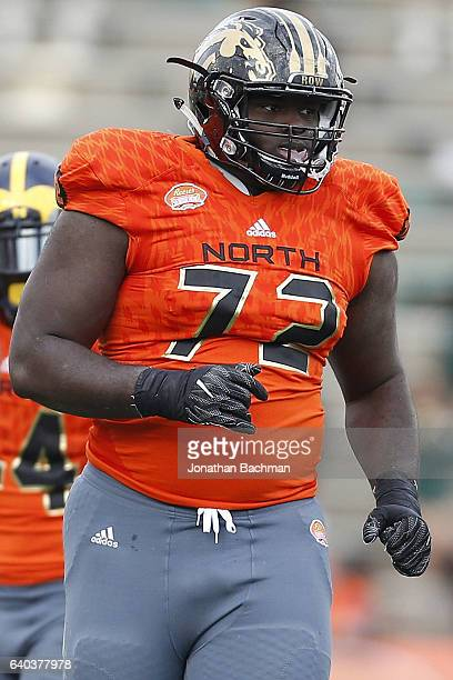 Taylor Moton of the North team warms up during the Reese's Senior Bowl at the LaddPeebles Stadium on January 28 2017 in Mobile Alabama