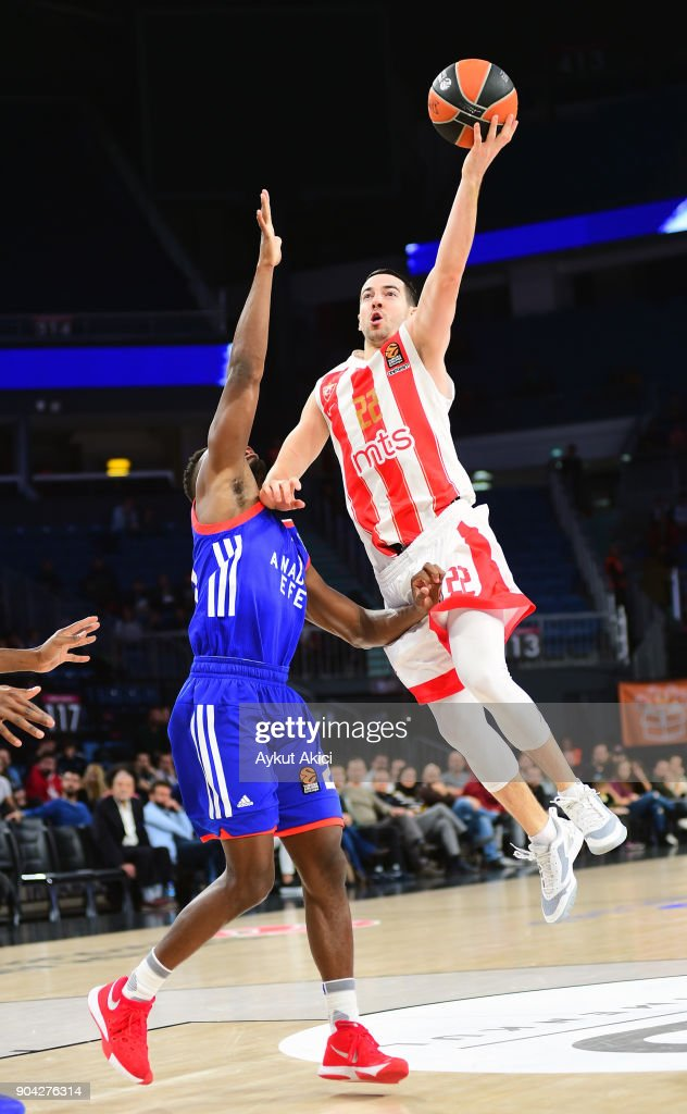 Taylor Rochestie, #22 of Crvena Zvezda mts Belgrade in action during the 2017/2018 Turkish Airlines EuroLeague Regular Season Round 17 game between Anadolu Efes Istanbul and Crvena Zvezda mts Belgrade at Sinan Erdem Dome on January 12, 2018 in Istanbul, Turkey.