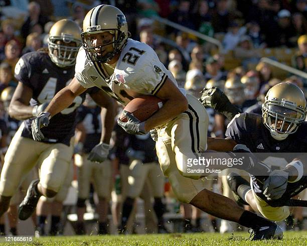 Taylor Stubblefield stretches for the goal line in the 4th quarter of Purdue's 41-16 win at Notre Dame Stadium in South Bend, IN 10-2-04