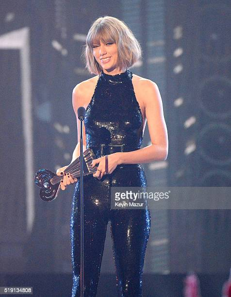 Taylor Swfit accepts award onstage at the iHeartRadio Music Awards which broadcasted live on TBS TNT AND TRUTV from The Forum on April 3 2016 in...