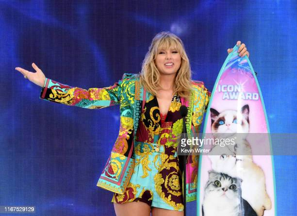 Taylor Swift accepts the Teen Choice Icon Award onstage during Fox's Teen Choice Awards at the Hermosa Beach Pier on August 11 2019 in Hermosa Beach...