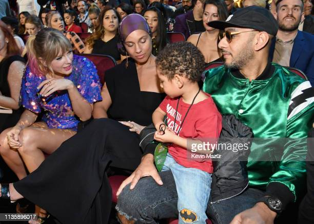 Taylor Swift Alicia Keys and Swizz Beatz attend the 2019 iHeartRadio Music Awards which broadcasted live on FOX at Microsoft Theater on March 14 2019...