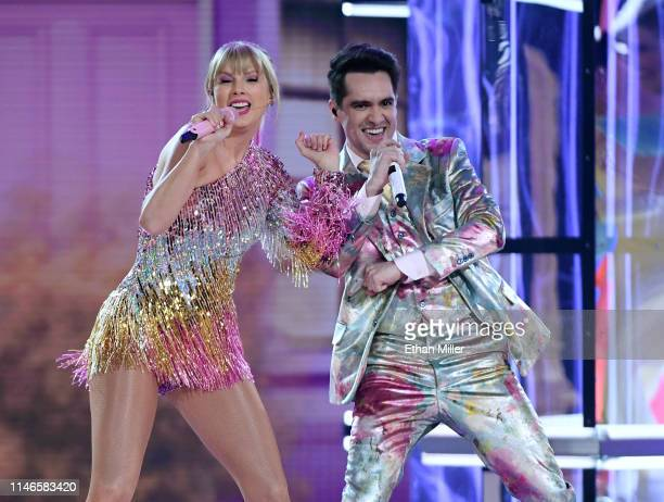 Taylor Swift and Brendon Urie of Panic at the Disco perform during the 2019 Billboard Music Awards at MGM Grand Garden Arena on May 1 2019 in Las...
