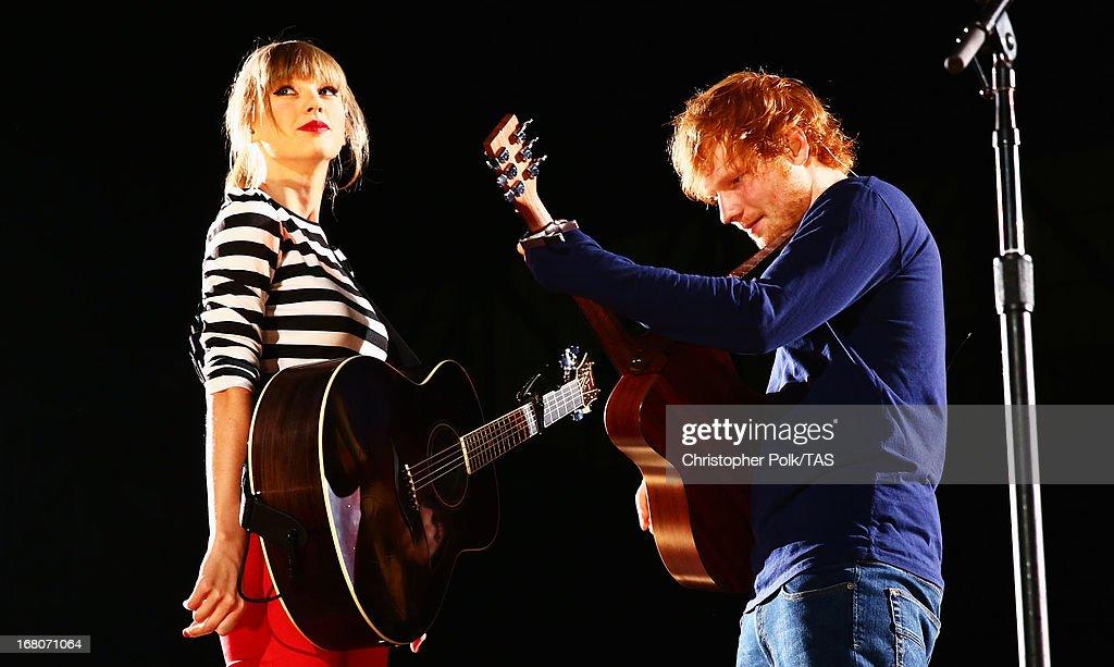 Taylor Swift RED Tour - Detroit, Michigan : News Photo
