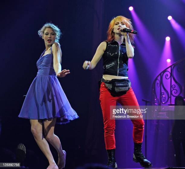 Taylor Swift and Hayley Williams perform at the Bridgestone Arena on September 16 2011 in Nashville Tennessee