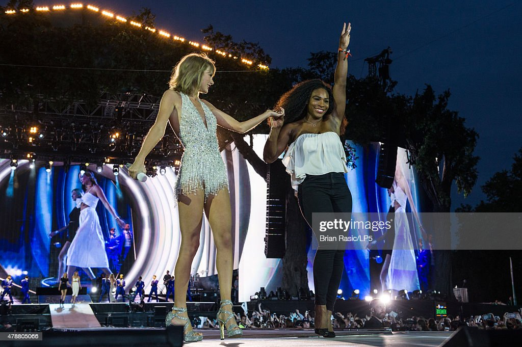 Taylor Swift The 1989 World Tour Live In London : News Photo
