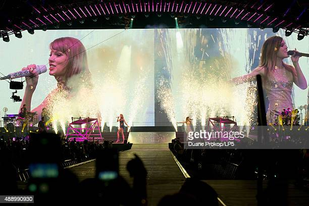 12 Taylor Swift The 1989 World Tour Live In Columbus Photos And Premium High Res Pictures Getty Images