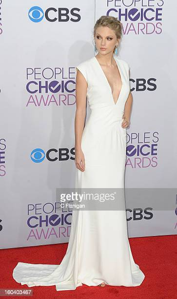 Taylor Swift arrives at the 2013 People's Choice Awards at Nokia Theatre LA Live on January 9 2013 in Los Angeles California