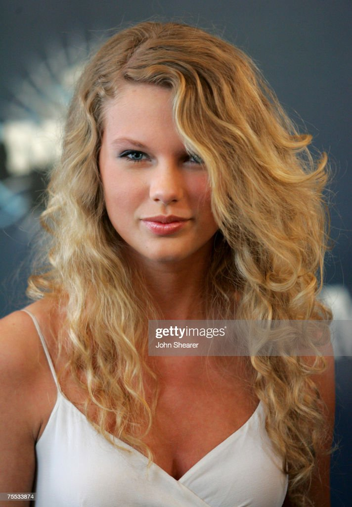 2006 CMT Music Awards - Arrivals