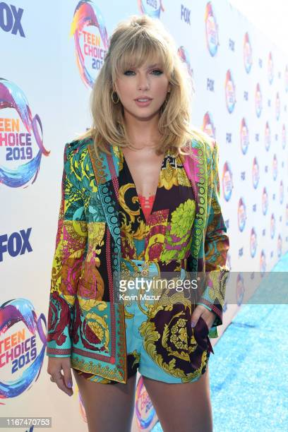 Taylor Swift attends FOX's Teen Choice Awards 2019 on August 11 2019 in Hermosa Beach California