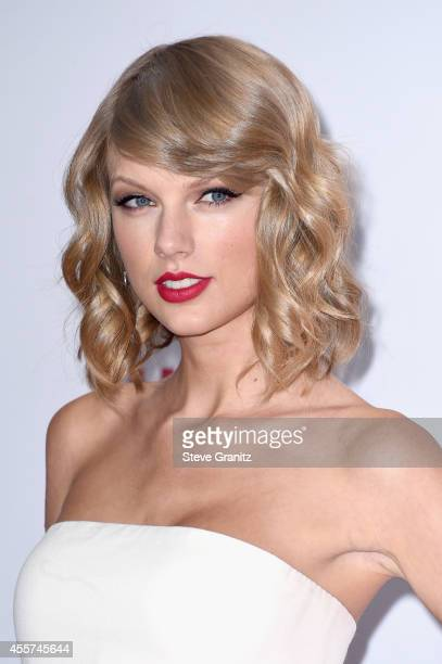 Taylor Swift attends night 1 of the 2014 iHeartRadio Music Festival at MGM Grand Garden Arena on September 19, 2014 in Las Vegas, Nevada.