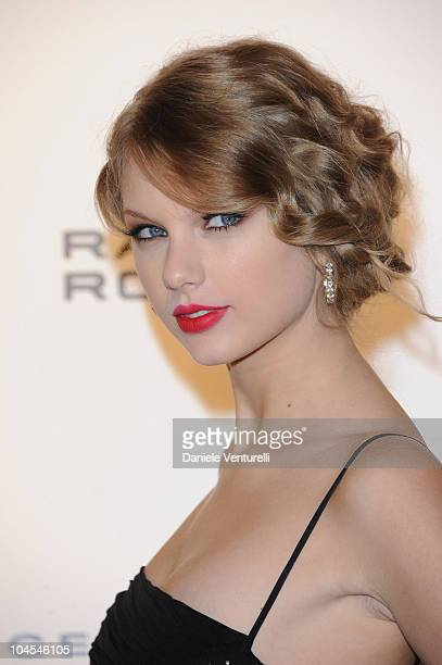 Taylor Swift attends Roberto Cavalli Party Range Rover Outside Arrivals PFW S/S 2011 at Les BeauxArts de Paris on September 29 2010 in Paris France