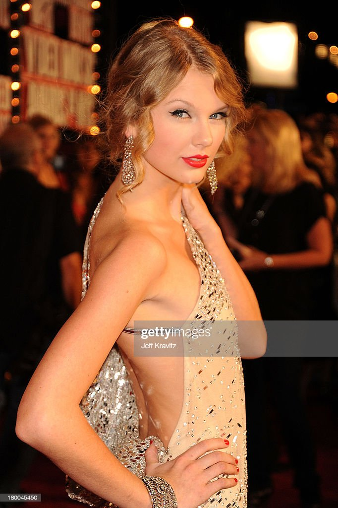 UNS: In Focus: Taylor Swift At The MTV VMA Awards