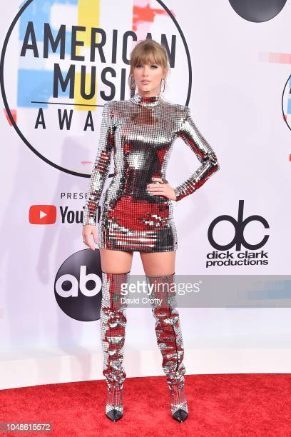 Taylor Swift attends the 2018 American Music Awards at Microsoft Theater on October 9 2018 in Los Angeles California
