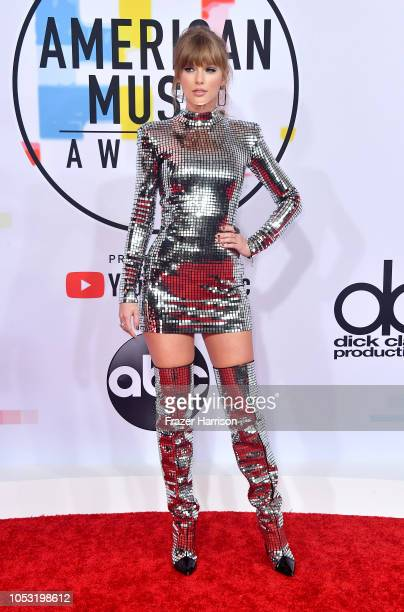 Taylor Swift attends the 2018 American Music Awards at Microsoft Theater on October 09 2018 in Los Angeles California