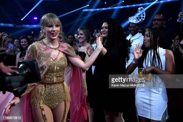 Taylor Swift attends the 2019 American Music Awards at Microsoft Theater on November 24 2019 in Los Angeles California