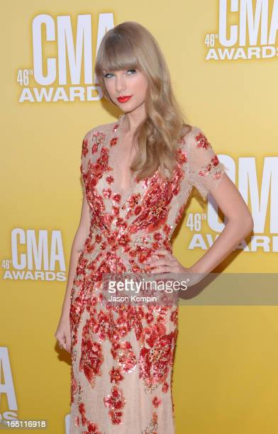 Taylor Swift attends the 46th annual CMA Awards at the Bridgestone Arena on November 1 2012 in Nashville Tennessee